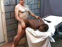 Jovens vídeos de sexo grátis - pornografia de peluches pretos
